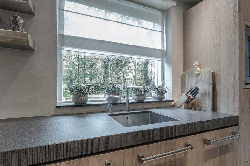 Keuken Design Emmeloord : Nieuwe luxe keuken in woonhuis boerderij van der broek koerts